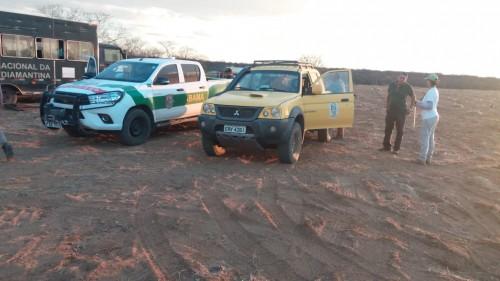 A equipe do Programa Amigos da Onça, ajudam no combate ao incêndio no Parque Nacional do Boqueirão da Onça.